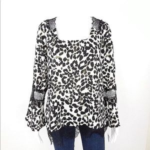NY Collection Blouse Animal Print Bell Sleeve NWT